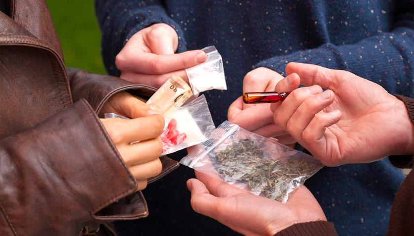 Контроль уличных наркотиков